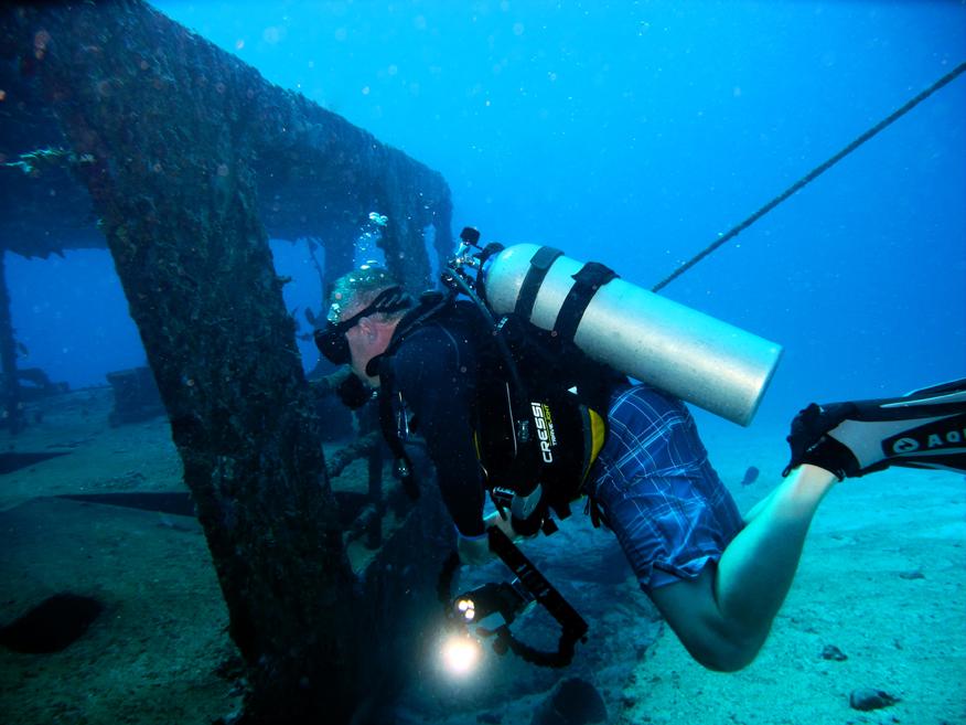Wreck Cancun